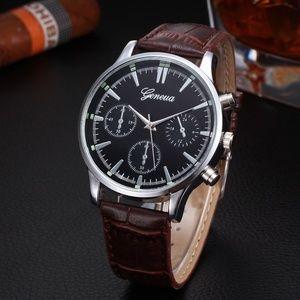 Other - ⌚️NEW⌚️ Unisex Luxury Leather Strap Quartz Watch